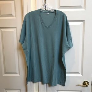 Uniqlo Mens V-neck Green T-shirt